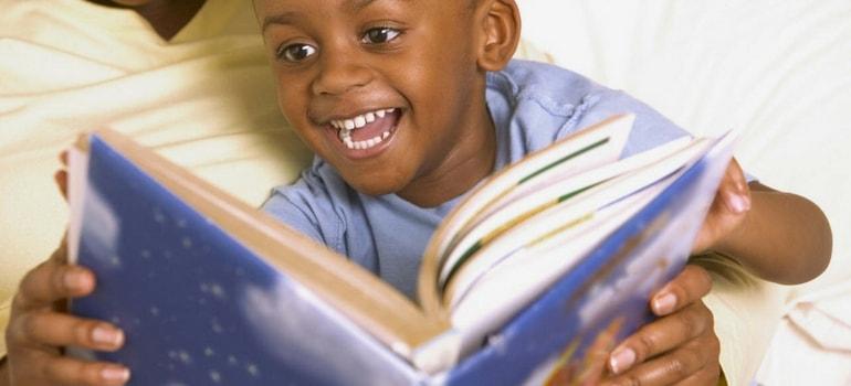 brincadeira de ler