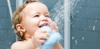Como dar banho no seu bebê