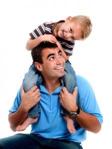 Pais solidários naturalmente terão filhos solidários. Afinal as crianças se espelham nos pais!