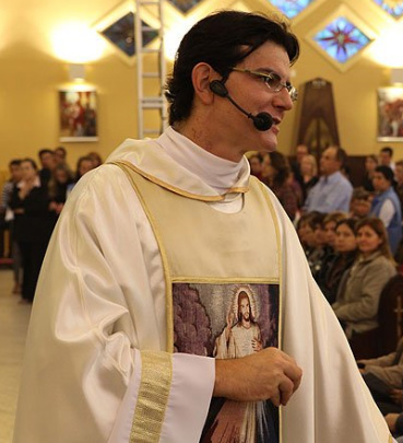 pe reginaldo manzotti - Associação Evangelizar é Preciso - Padre Reginaldo Manzotti