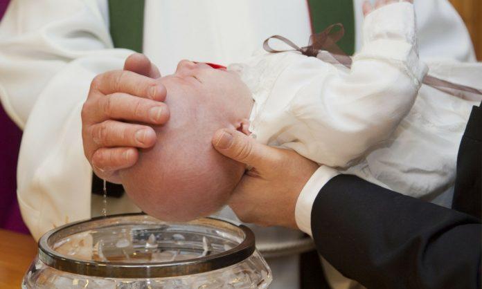 Como preparar o Batismo do Bebê