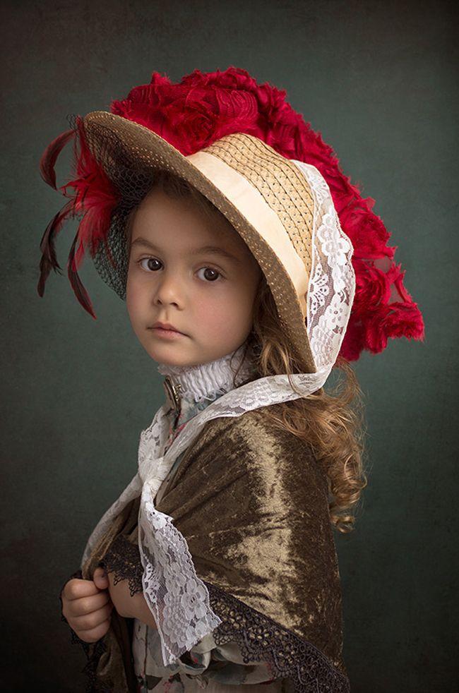obra de arte fotografo famoso - Menina participa de releituras de grandes obras de arte