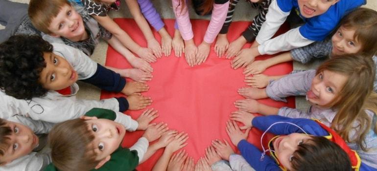 dinâmicas com crianças - Dinâmicas para Crianças: 5 estilos e ideias