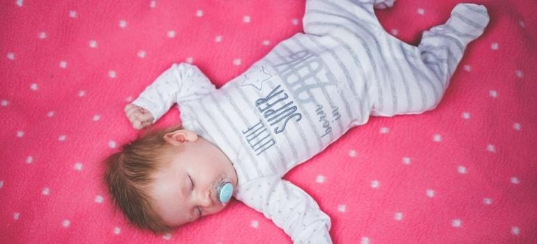 o que fazer para o bebê dormir a noite toda
