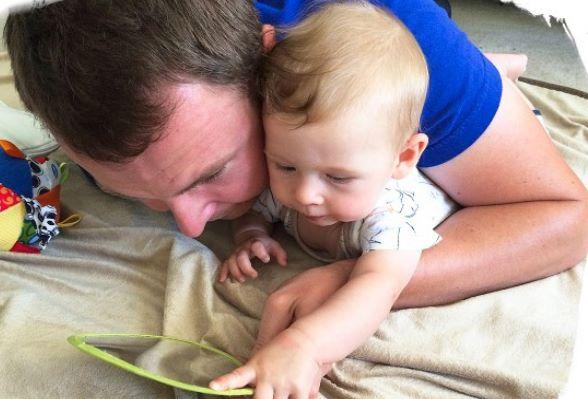 Mês 3 Atividades sensorias para seu bebê 2 - Mês 3 – 10 Atividades sensoriais para o seu bebê