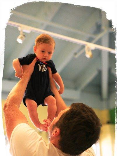 Mes5-atividades sensorias bebe 5 meses4