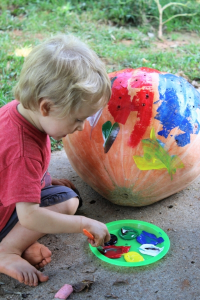 atividades sensoriais aboboras2 - Atividades sensoriais de abóbora para diversão de outono